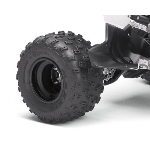 Wide Track and Maxxis Tyres